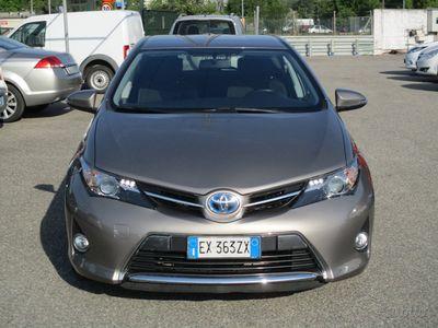 second-hand Toyota Auris Hybrid 60.000 km. garanzia