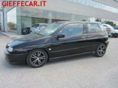 usata Alfa Romeo 145 2.0i 16v Twin Spark Quadrifoglio
