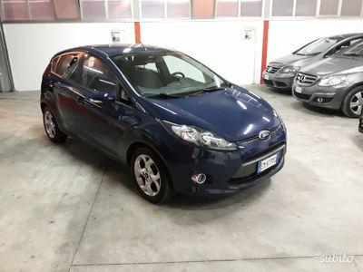 brugt Ford Fiesta + 6ª Serie 1.4 Tdci -Autocarro-2012