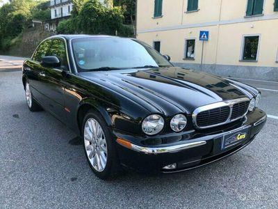 usata Jaguar XJ6 3.0 V6 *UNICO PROPRIETARIO *VALUTIAMO PERMUTE