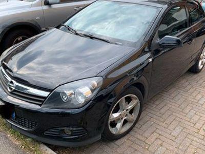 usata Opel Astra GTC 1.7 Diesel coupè