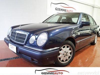 usado Mercedes E200 ClasseElegance