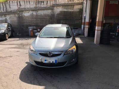 usado Opel Astra 1.7 CDTI 110CV Elective