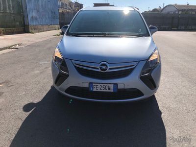 usado Opel Zafira 7 posti