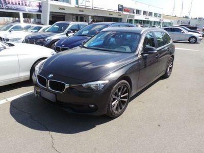 begagnad BMW 320 Serie 3 Touring d xDrive Business Advantage usato