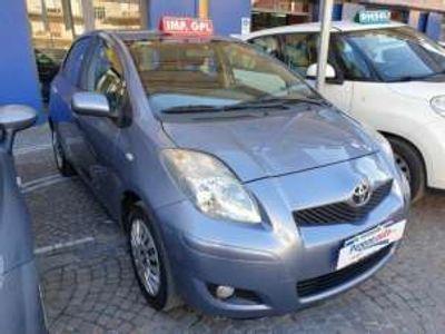 usata Toyota Yaris 1.0 5 porte Sol GPL Benzina/GPL