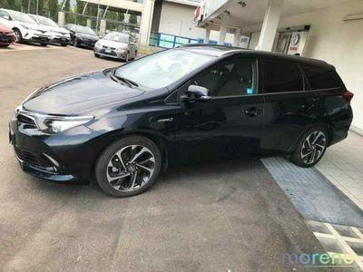usata Toyota Auris 1.8 ECVT Hybrid Lounge