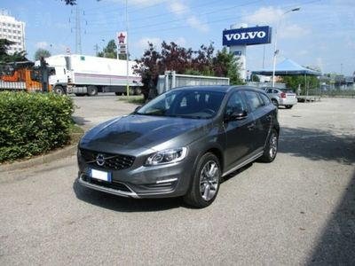 used Volvo V60 CC Cross Country D3 Geartronic Business rif. 11520505