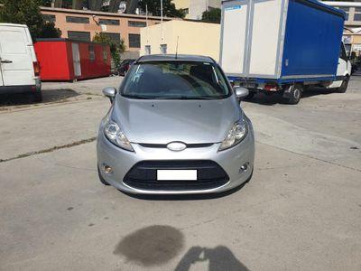 usata Ford Fiesta 1.4 TDCi Titanium - NEOPATENTATI