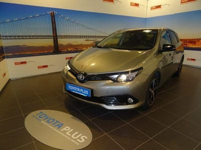 usata Toyota Auris 1.8 Hybrid Black Edition