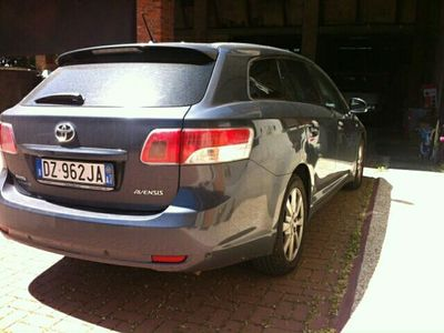 usata Toyota Avensis 2.2 D-Cat Wagon Executive