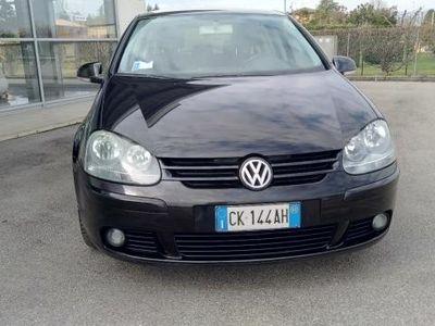 usado VW Golf 1.6 16V FSI 5p. Sportline