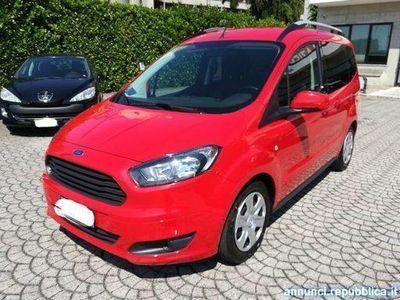 gebraucht Ford Tourneo 1.5 TDCI 95 CV Plus