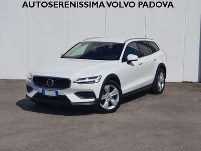 usata Volvo V60 CC D4 AWD Geartronic Business Plus