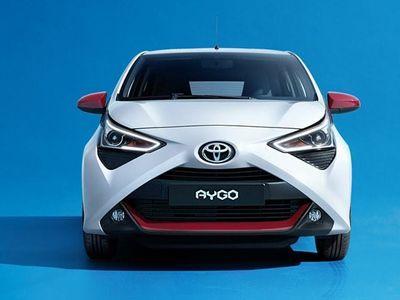 begagnad Toyota Aygo Connect 1.0 VVT-i 72 CV 5 porte x-cool