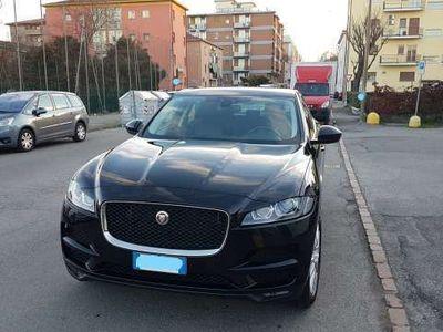usata Jaguar F-Pace 2.0 D 180 CV AWD Prestige