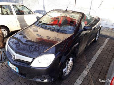 usado Opel Tigra twin top 1.4 benzina coupé cabrio
