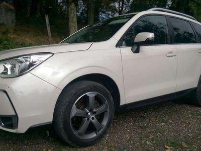 usata Subaru Forester 2.0i Lineartronic XT