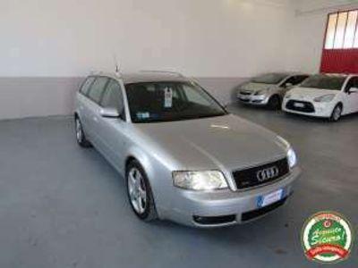 usata Audi A6 2.5 V6 TDI/180 CV Avant quattro tiptroni