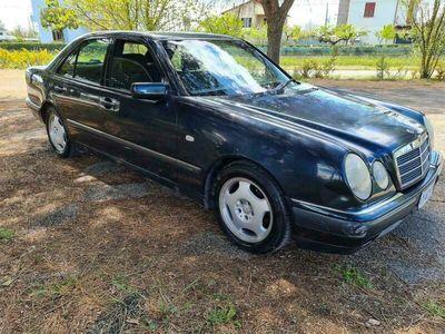 usata Mercedes E200 classebenzina km 111000