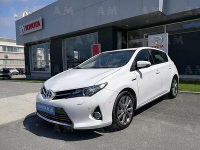 usado Toyota Auris Hybrid 5 porte Lounge del 2013 usata a Livorno