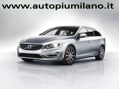 begagnad Volvo V60 D4 AWD Geartronic Business rif. 11647584