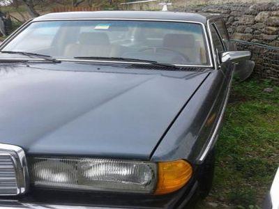 second-hand Mercedes 240 D=carrofunebre=