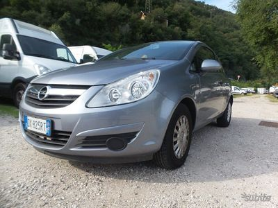 used Opel Corsavan 2 posti
