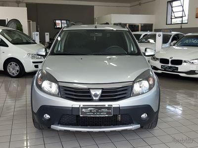 usata Dacia Sandero 1ª serie - 2012