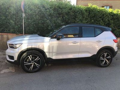 usata Volvo XC40 D3 AWD Geartronic R-design