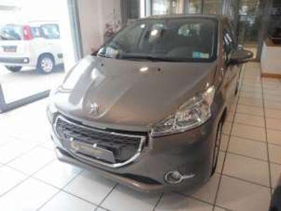 usata Peugeot 208 1.4 hdi 68 cv 5 porte active diesel