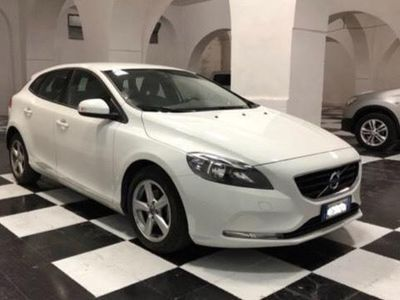 usado Volvo V40 D2 1.6 Powershift Business Edition