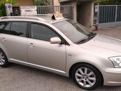 brugt Toyota Avensis 2.0 D-4D 16V Station Wagon