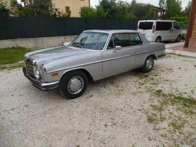 używany Mercedes W114 250 ce /8coupe -1970