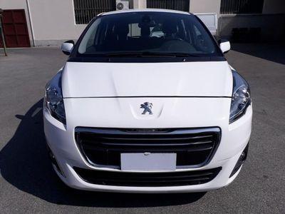 usado Peugeot 5008 BlueHDi
