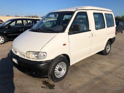 usado Nissan Serena 2.3 diesel 8 posti 1997