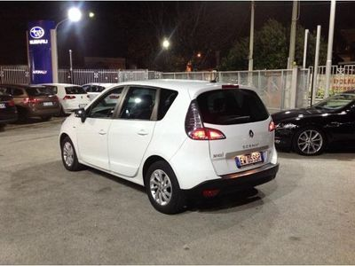 usata Renault Scénic XMod 1.5 dCi 110CV Limited del 2014 usata a Napoli