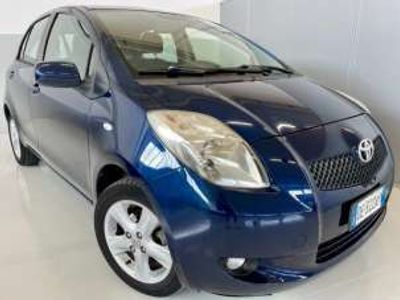 usata Toyota Yaris 1.0 - OK NEOPATENTATI - 5 PORTE - CLIMA Benzina