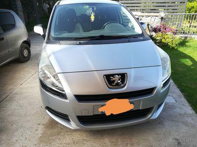 usado Peugeot 5008 1ª serie - 2010