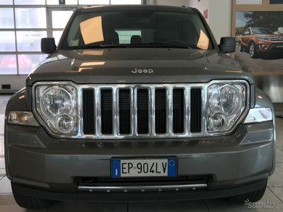 usado Jeep Cherokee 2.8 td 200cv automatica