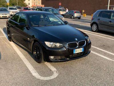 usata BMW 320 3er xDrive Coupe Aut.