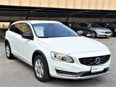 used Volvo V60 CC V60 Cross Country D3 Geartronic Momentum D3 Geartronic Momentum