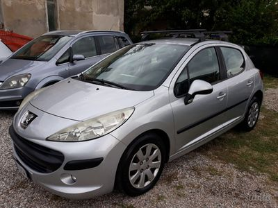 used Peugeot 207 1.4 benzina