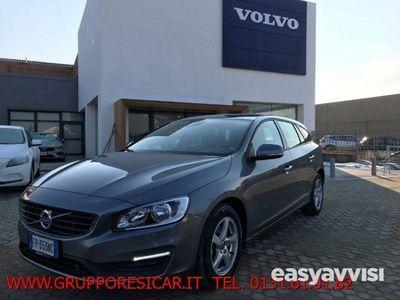 begagnad Volvo V60 D2 Kinetic usato