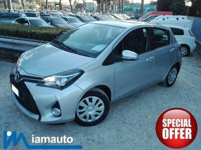 usata Toyota Yaris 1.0 5 porte Business MY16 CAMERA