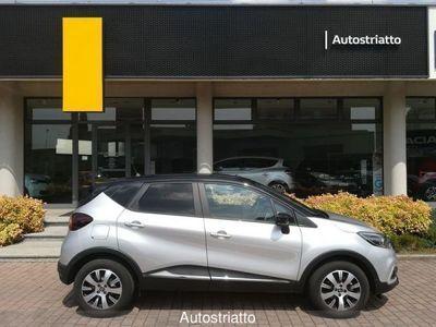 usata Renault 20 Domenica 20 Aperti * Tua da 199,00 euro al mese* dCi 8V 90 CV EDC Sport Edition DomenicaAperti * Tua da 199,00 euro al mese* dCi 8V 90 CV EDC Sport Edition