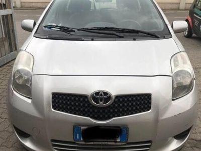usado Toyota Yaris 1.0 3 porte Sol