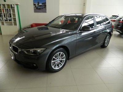 usata BMW 320 d Touring Automatico