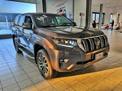 usata Toyota Land Cruiser 2.8 D4-D A/T 5 porte Style nuovo