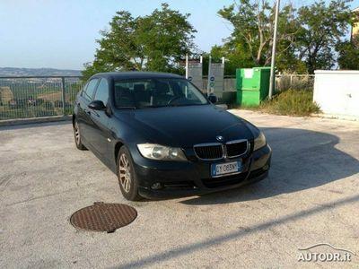 usata BMW 320 d BERLINA Eletta PELLE RADIO CLIMA BIZONA